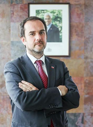 Alfonso Domeyko es nombrado director nacional de Sernageomin