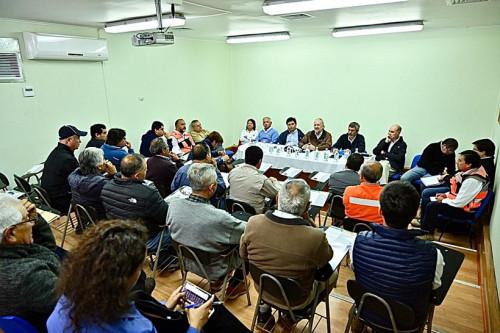 Directorio de Enami se reúnen con productores mineros en El Salado
