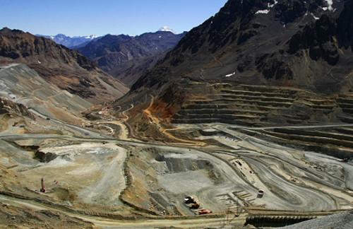 Codelco y Anglo American extienden acuerdos para optimizar gestión en Andina y Los Bronces