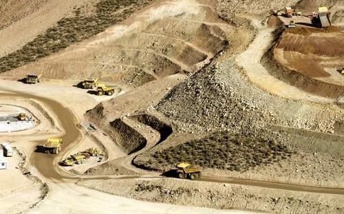 Minera Lumina Copper Chile informa disminuye temporalmente su dotación en Caserones