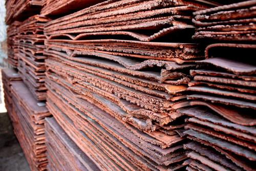 Precio del cobre se recupera en Londres