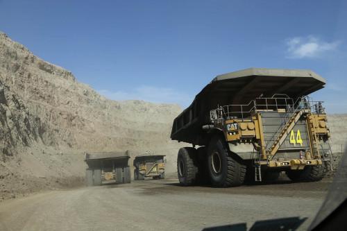 Imacec minero de abril retrocede un 0,1 por ciento