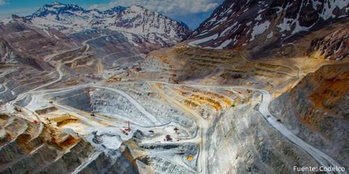 Minera licita servicio de arriendo de equipos de apoyo a la operación