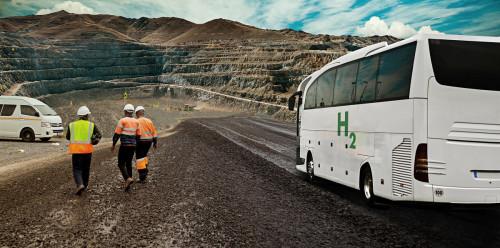 Estudian funcionamiento de buses con celdas de combustible a hidrógeno